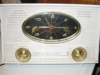 1950s RCA Victor Tube Alarm Clock Radio