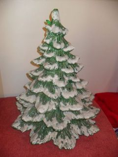 20 RARE Vintage Snow Covered Howells Mold Christmas Tree Ceramic 1979