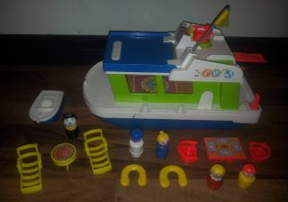 Price Play Family Little People 985 1972 Houseboat Lot Complete