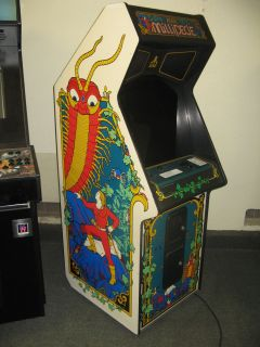 MILLIPEDE CENTIPEDE COMBO ARCADE VIDEO GAME