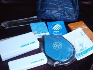 Vintage Pan Am Airlines Passenger Flight Travel Kit Bag Complete