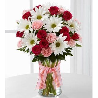 FTD Sweet Surprises Bouquet   Daisies and Roses   8 stems with vase