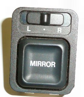 1998 – 2002 Honda Accord Passport Isuzu Rodeo Power Mirror Switch