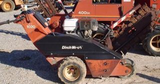 Ditch Witch 1020 Walk Behind Trencher Honda Engine
