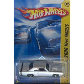 New Models White 69 DODGE CORONET SUPER BEE 164 Scale Toys & Games