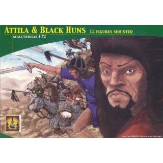 Attila & Black Huns (12 Mounted) 1 72 Lucky Model: Toys & Games