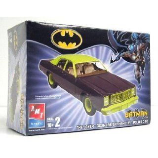 Batman Joker Goon Car Model Kit AMT ERTL 1/25 scale Toys