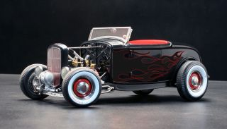 All American Hot Rod 1932 Ford Highboy Roadster 1 18 GMP Acme Diecast