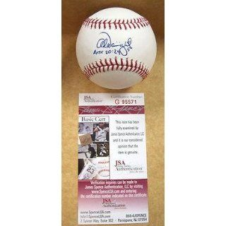 Signed Adam Wainwright Ball   Official M l W jsa