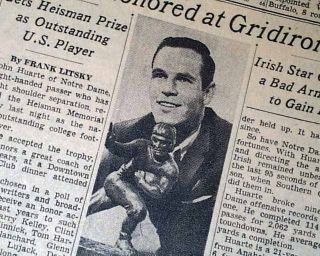 Notre Dame Fighting Irish QB John Huarte Wins Heisman Trophy 1964 Old