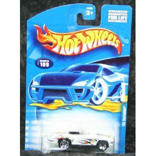 Hot Wheels 2001 Collector #109 65 Corvette 1/64 Toys & Games
