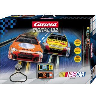 Carrera USA Digital 132, NASCAR Race Car Set: Toys & Games