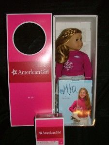 American Girl Doll of the Year MIA And Accessories Ice Skates Book