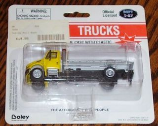 International Flatbed Tow Truck Rollback Wrecker Car Carrier Die Cast
