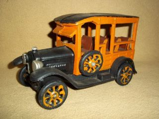 1920s Style Cast Iron Station Wagon Truck