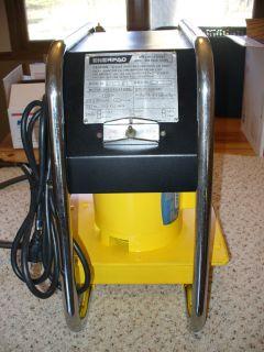 Enerpac 10 000 PSI Hydraulic Jack Pump Hushh Pup