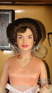 The Franklin Mint Jackie Kennedy India State Visit Doll Le New in Box