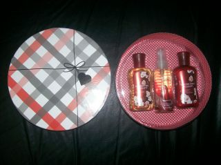 GIFT BOX BATH AND BODY WORKS JAPANESE CHERRY BLOSSOM 3 PIECE GIFT SET