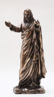 JESUS CHRIST BLESSING STATUE.LOVE EMBRACING FIGURINE.HOLY CHRISTIANITY