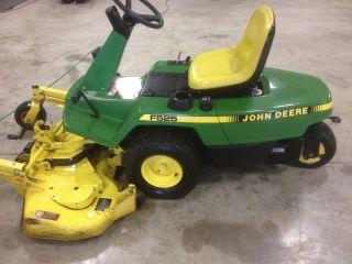 John Deere Zero Turn F525 Lawn Mower
