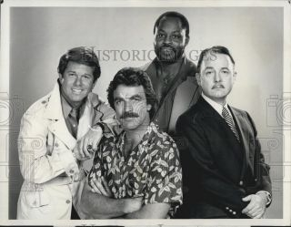 1980 Press Photo Cast of CBS TV series Magnum P I