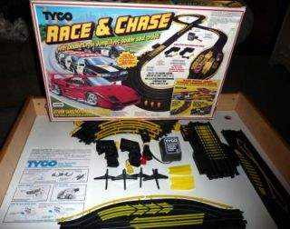 TYCO RACE CHASE 6214 Slot Car Race Track in Original Box
