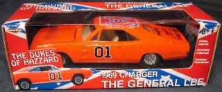 2002 Ertl Dukes of Hazzard General Lee 1969 Charger Cooter Ben Jones Signed 7967