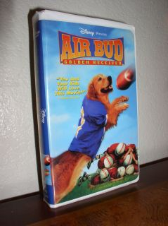 Air Bud Golden Receiver starring Kevin Zegers VHS 1998 Clam Shell