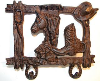 Brand New Cast Iron Key Holder Wall Rack Horsehead Cowboy Boot Western