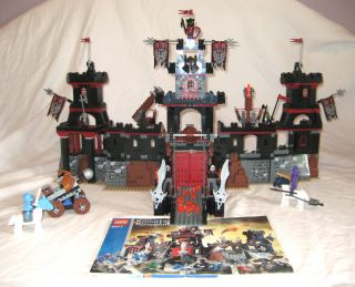 Lego Knights Kingdom Set 8877 Vladeks Dark Fortress Minifigures
