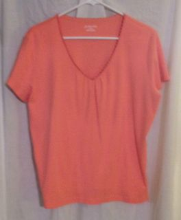 St Johns Bay Peach Short Sleeved Shirt V Neck Sz XL