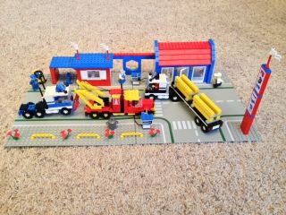 Lego Town Classic Big Rig Truck Stop 6393