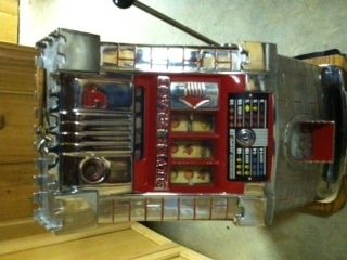 1960 Silver Palace 5 Cent Slot Machine Made by Mills