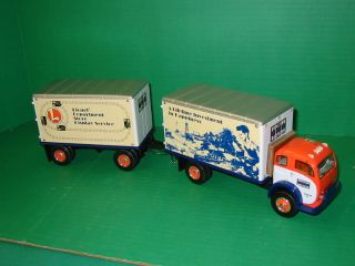 Lionel by Eastwood~ 1953 White 3000 Dry Goods Van and Pup Trailer item