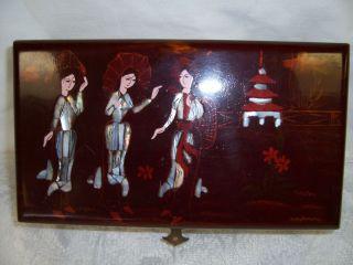 Jewelry Box w 3 Geisha Girls Lacquered Abalone MOP
