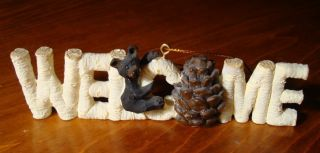 BLACK BEAR BIRCH LOG WELCOME SIGN CHRISTMAS ORNAMENT Log Cabin Lodge
