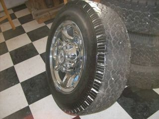 2012 Dodge RAM 2500 Factory Wheel and Tires