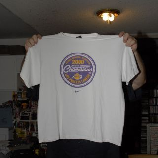 LOS ANGELES LAKERS 2000 WESTERN CONFERENCE CHAMPS TEAM T SHIRT KOBE