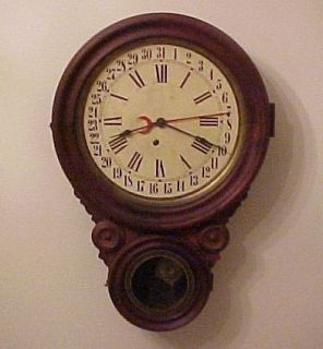 Antique 31 Day Lovell Manuf Co Wall Clock No Reserve