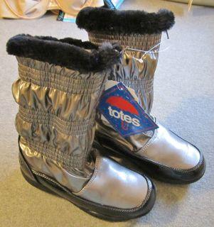 Totes Warm Rain Snow Boot 12 Zipper Closure Fur Lined Lorie Silver Bla