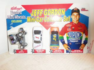RACING CHAMPIONS KELLOGGS JEFF GORDON MINI CAR COLLECTORS SET 1994