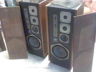 Marantz Speakers Model 600 Focus Field Pair