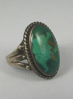 Vntg Navajo Oval Green Turquoise Silver Ring