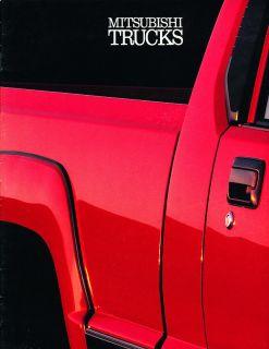 1990 Mitsubishi Mighty Max Truck 12 Page Dealer Sales Brochure Catalog