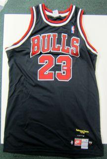 Michael Jordan UDA Autographed Black Chicago Bulls Jersey