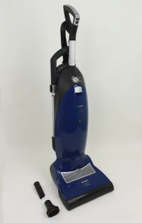 Nice Miele Twist S7210 Upright Vacuum Cleaner w Tools