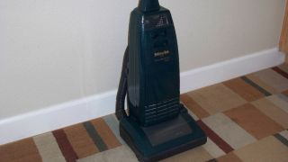 Miele Powerhouse Plus S1741 Upright High End Vacuum Cleaner
