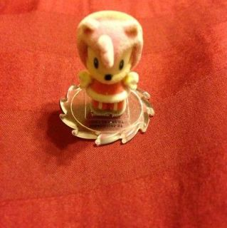 The Hedgehog Collectible Miniature Amy Rose Figure SDCC Flocked Rare