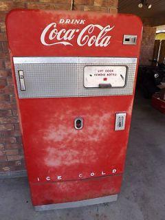 F83A5W COCA COLA COKE VENDING SODA MACHINE VINTAGE 1950s ANTIQUE