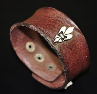 Metal Celtic Fire Crown Vintage Leather Wristband Bracelet Cuff Brown